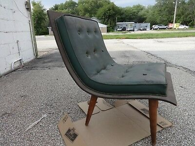 Vintage  Mid Century Modern Bentwood Tufted Scoop Chair Baughman Era