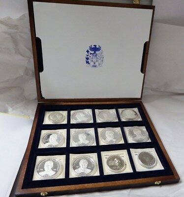 American Mint Presidents of the USA 12 Silver Coins Set in Display Case.