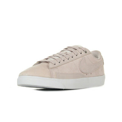 hot sales 8d768 0659c Chaussures Baskets Nike femme W Blazer Low LX