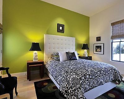 Plain Lime Green Bedroom Wallpaper  - Lutece - Contemporary Feature - 51141704