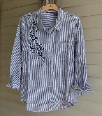 Nwt Life Style Woman Popular Blues Pinstripe Embroidery Details Shirt $68 2X
