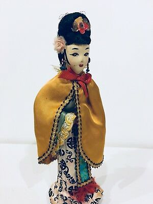 "Vintage Traditional Asian Chinese Silk Figurine Folk Art 8"" Doll Beautiful Dress"