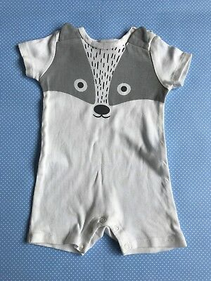 Seed Baby White Badger Short Sleeve Baby Romper Cover All Sz 00 3-6 Months