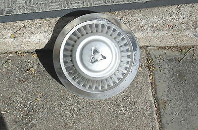 "VINTAGE 1975 Dodge Dog Dish"" 3/4 Ton Truck Hubcaps Hub Caps Very Good Condition"