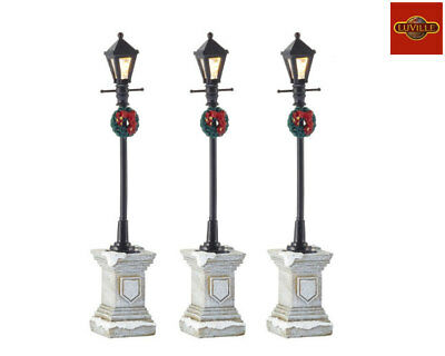 Luville Street Lanterns On Foot Set Of 3 612051