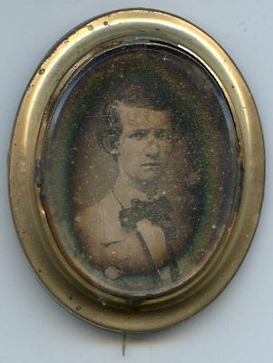 Sharp Daguerreotype Mourning Hair Jewelry Oval Pin Handsome  Man