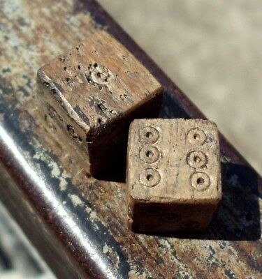 Pair Of Ancient Roman Bone Gambling, Game Dice, Dices - 100/300 Ad - Rare! -