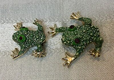 Frog Brooches Green With Rhinestone Eyes/ Gold Tone /Tiny Tree Frogs/ Lot Of 2
