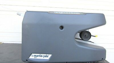 """Martin Yale 1611 Ease-of-Use AutoFolder - Handles 8.5"""" x 14"""" Paper"""