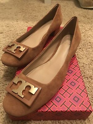 157af7de7fc NEW Tory Burch GiGi Pump ROYAL TAN Suede Gold Logo Block Heel Medium Sz 6