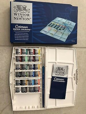 Winsor and Newton Cotman Watercolour Painting Plus 24 Half Pans Water colour set