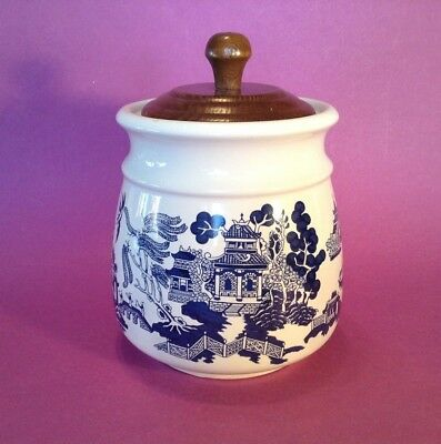 Blue Willow Biscuit Cookie Jar With Wooden Lid  - Heritage Mint - Blue And White