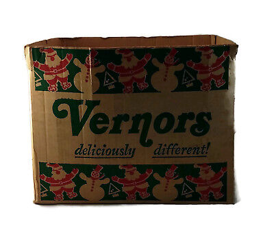 Vintage Vernors Ginger Ale Christmas 28 Ounce Bottle Box Case