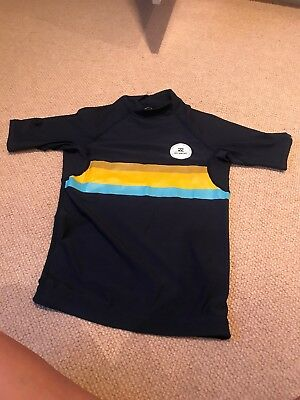 Boy's Billabong navy blue  UPF50+ short sleeved swim/sun/rash vest age 12 yrs