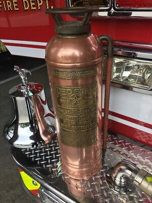 RARE Red Star Copper Brass Fire Extinguisher No. 1e 1 E General A1 Soda Acid