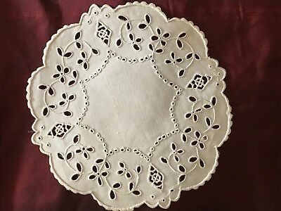 "ANTIQUE  DOILY with GORGEOUS EMBROIDERY DESIGN  7 1/4""   HANDMADE"