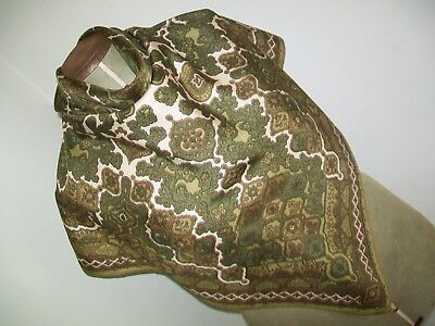 Richard Allan. Gorgeous Olive Classic Paisley Design Vintage Silk Scarf