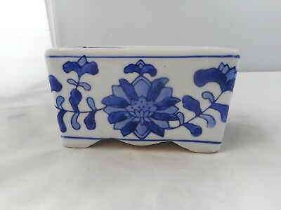 BLUE and WHITE POT POURRI HOLDER-11.5x6cms and 6.5cms high