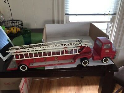 Vintage 1960's Tonka Hook & Ladder TFD Fire Truck rarely found complete