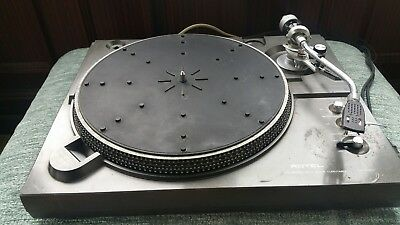 rotel turntable rp 3300 used but working perfectly needs a bit of a clean.