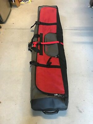 Burton Snowboard Travel Bag with rollers