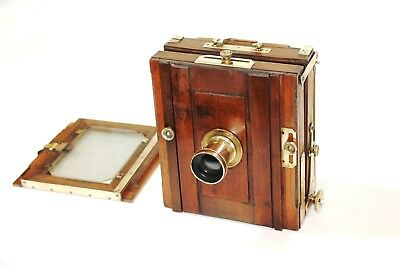French Wooden camera antique