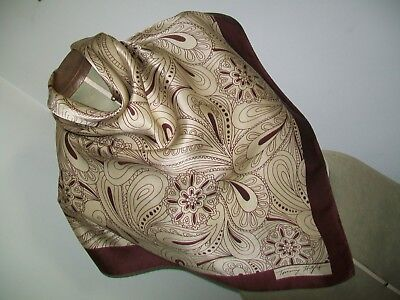 Tommy Hilfiger. A Gorgeous Classic Paisley Design Vintage Silk Scarf