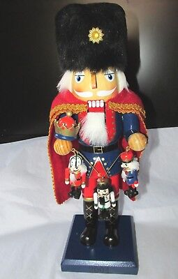 2004 limited edition nutcracker soldier holding mini soldiers