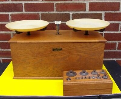 Antique Henry Troemner Apothecary Balance Scale 10 lb No.57 Oak Case W/Weights