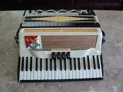 "Nobility by Noble 17"" keyboard LM vintage Italian accordion"
