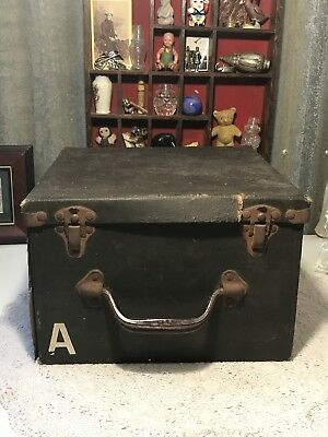 Vintage OUTFIT FIRST AID SHIPS BOATS 526/0 1st Aid Case Box, Elliots & Aust Drug