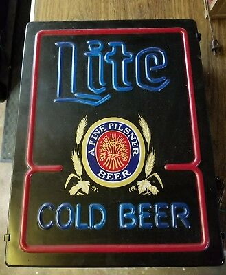 LITE Beer Sign Light 'A Fine Pilsner Beer' Miller Time working!