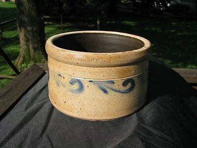 1/2 Gallon Blue Decorated Stoneware Butter Crock / Fulper N.j.