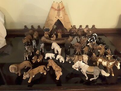 SCHLEICH ANIMALS FIGURINES  MIXED LOT- 39 piece( HORSES,Lions,Tigers,Bears,Wolf)