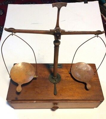 Vintage Henry Troemner Balance Scale With Weights - Apothecary