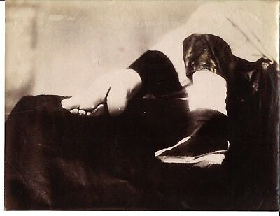 Rare - 19th century Antique Albumen Photograph - China Chinese Woman Lotus Feet