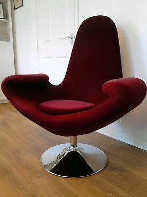 Fabulous Large Vintage Retro Crimson Velvet Swan Style Swivel Armchair Atomic