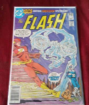 DC Comics The Flash #297 Date on the Cover Very Good Condition