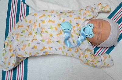 7 piece HOSPITAL SET for Reborn Baby Doll NEWBORN giraffe prnt gown pacifier BOY