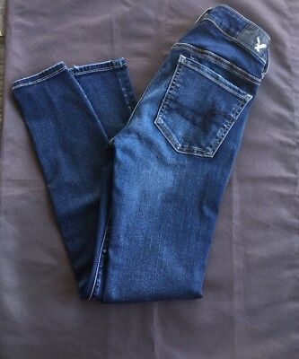 American Eagle Women's Size 2 Short Jegging Style Super Stretch Jeans