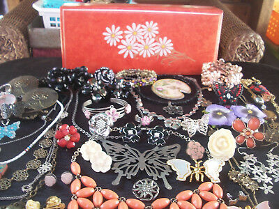 Lot Of Vintage/now Costume Jewelry Fun Floral & Butterfly Spring Fling Pieces