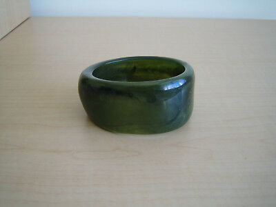 vintage 1940s/50s plastic/lucite green bangle