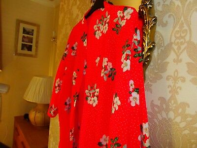 Red Floral Kimono Jacket Blouse - Size 20- 24 - Lovely item