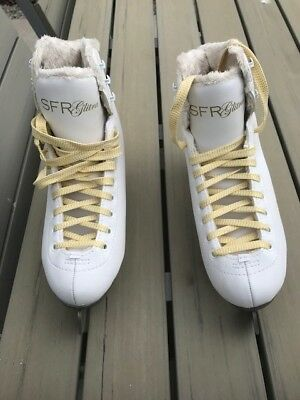 ice skates size 4 BRAND NEW WORN ONCE