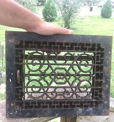Vtg ANTIQUE Floor CAST IRON VICTORIAN LOUVERS Grate AC HEAT REGISTER Cover