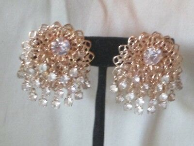Vintage Gold-Tone Metal Claw Set Hanging Clear Rhinestone Clip Earrings