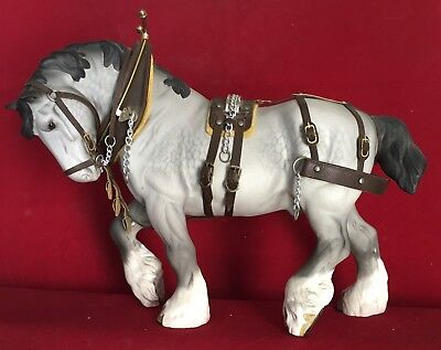 Stunning Beswick Horse - Shire Horse In Action - Harnessed