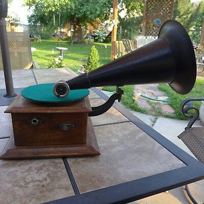 Rare Victor Junior 78 Rpm Wind Up Rare Victrola Phonograph Number 4418