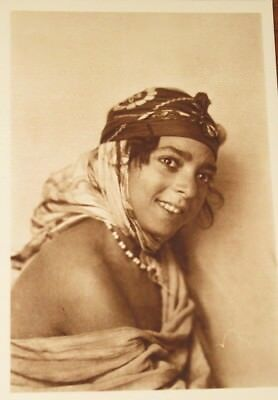Jeune femme Mauresque  / Young woman from Algiers