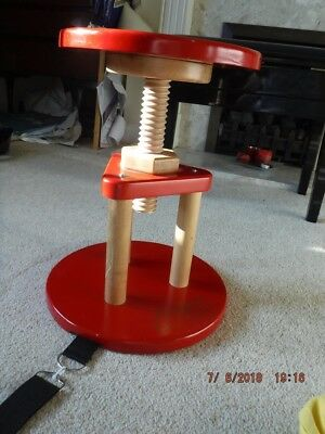 Adjustable Beginner Cello Chair by Stringers